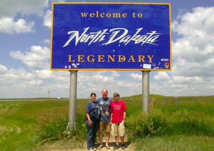 Marna-Deron-Blake Entering North Dakota 2014-07-02