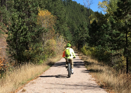 Deron Riding Mickelson Trail 2017-10-05