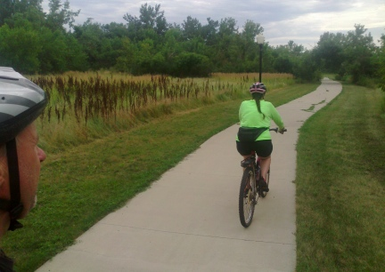 Marna & Deron Riding Belle BikeTraile 2014-08-13