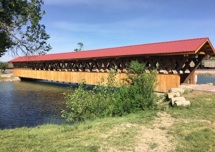 Edgemont Park Trail Head Covered Bridge 2016-06-06